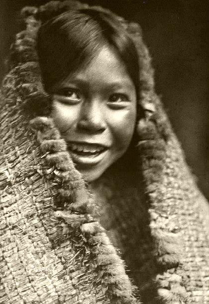 420px-Edward_S._Curtis_Collection_People_020