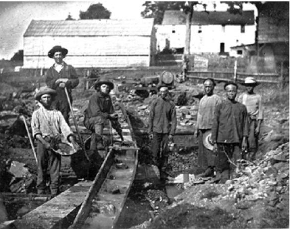 Le condizioni di vita dei primi cercatori d'oro in America erano laceranti. Tra omicidi e furti, malattie e assalti Indiani  la malattia principale era la solitudine.