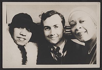 Gladys Bentley col pittore Prentiss Taylor e la cantante autrice Nora Holt, 1932