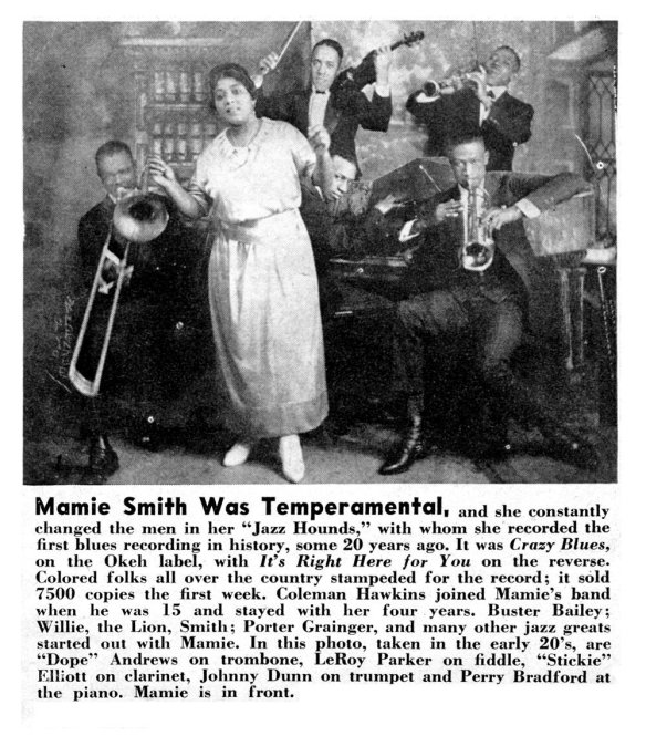 Mamie Smith all'epoca di Crazy Blues. con la sua Jazz Hounds band.. 1921