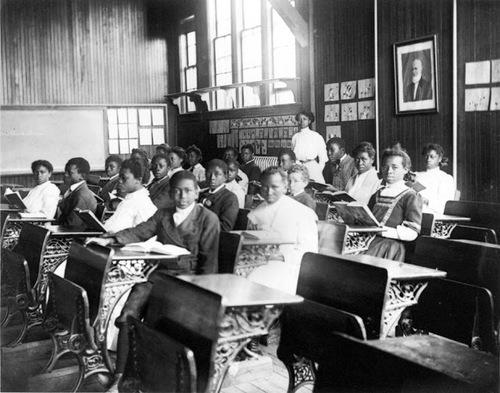 Una scuola per neri ad Harlem,1920