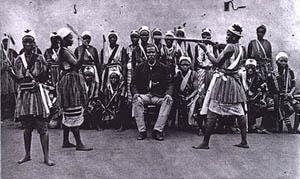 Combattimento rituale tra Amazzoni davanti al Re di Dahomey.  Meta' 1800