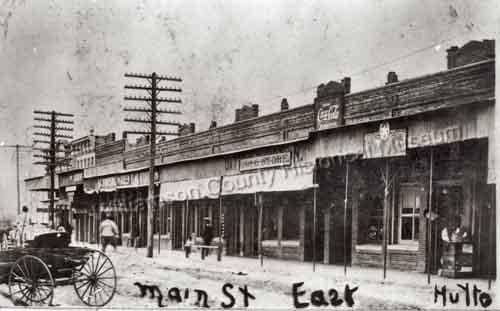 Una veduta di Hutto, piccola citta' del Texas, nel 1890