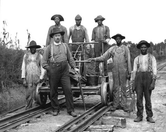 Operai della ferrovia  in Texas, 1890.