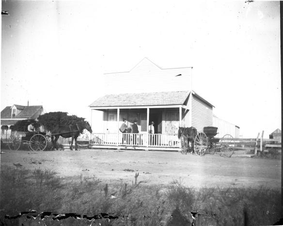 Ecco come appariva il Texas rurale nel 1894,data della nascita di Lemon. Qui siamo nella Contea di Olivia