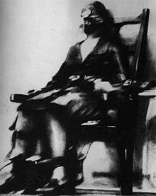 """Ecco un'immagine """" in tempo reale"""" della povera Ruth Snyder mentre viene fulminata sulla sedia elettrica nelk carcere di SING SING,famoso per le gravi ingiustizie  sociali, nel gennaio 1928."""