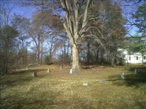 Tomba di Johnson in Little Zion. Il famoso circolo magico.