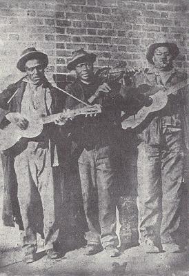 La Peg Leg Gang nel 1925. Da sinistra Henry Williams, Eddie Anthony e Peg Leg.
