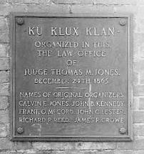 KKK lastra commemorativa