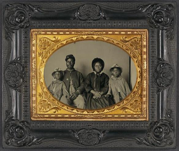 black Union Soldier and his family