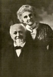 Sceriff James F. Burns con la terza moglie Josephine Carpenter