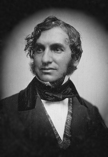 Henry_Wadsworth_Longfellow_by_Southworth_&_Hawes_c1850_restored